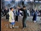 Как бы танцевали в 90-х под современную музыку